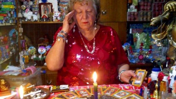 Predicciones Chile 2015 — Astróloga Yolanda Sultana
