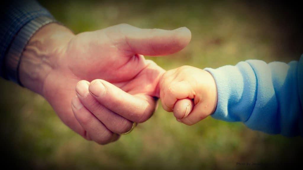 ¿Cuidar de los nietos ayuda a prevenir la demencia?