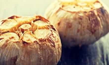 Propiedades medicinales de los ajos asados