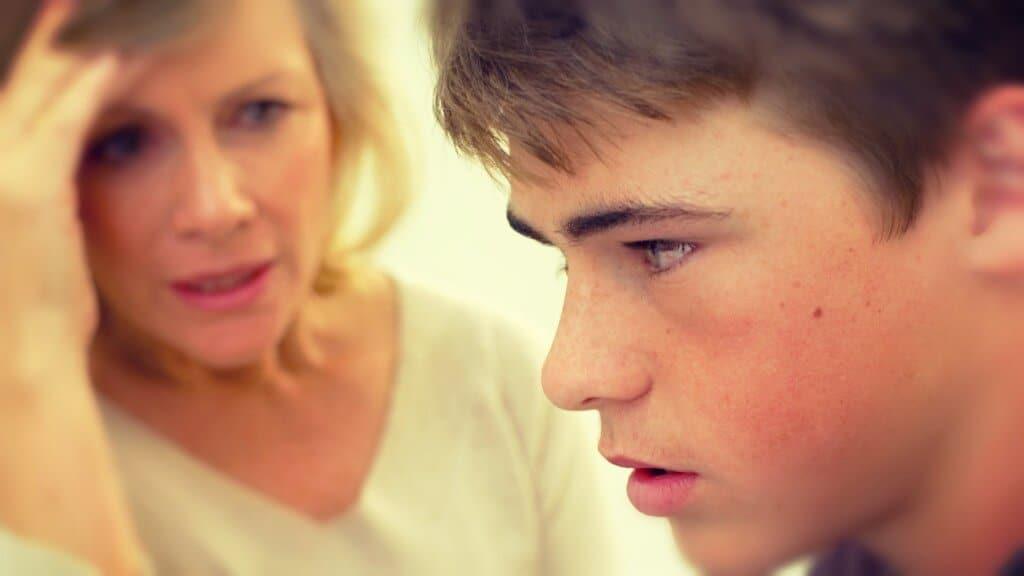 No alejes a tus hijos, acércate a ellos con tu comportamiento comprensivo