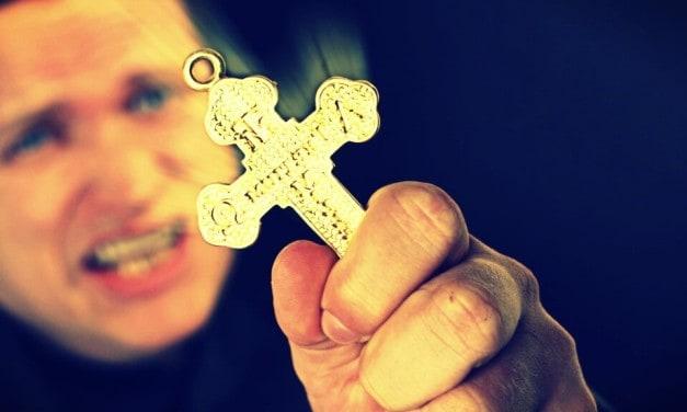 ¿Por qué en el exorcismo se pregunta al demonio su nombre?