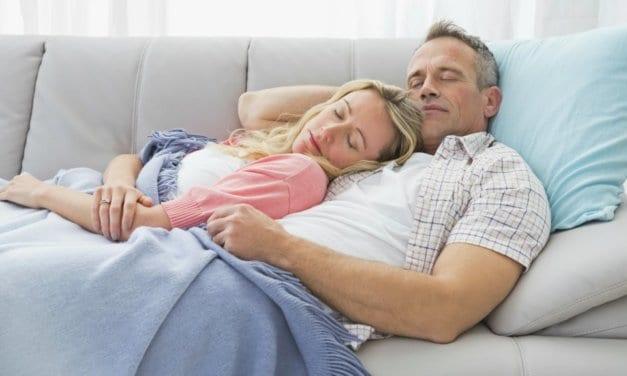 Dormir un rato por las tardes tiene beneficios… Te contamos algunos de ellos
