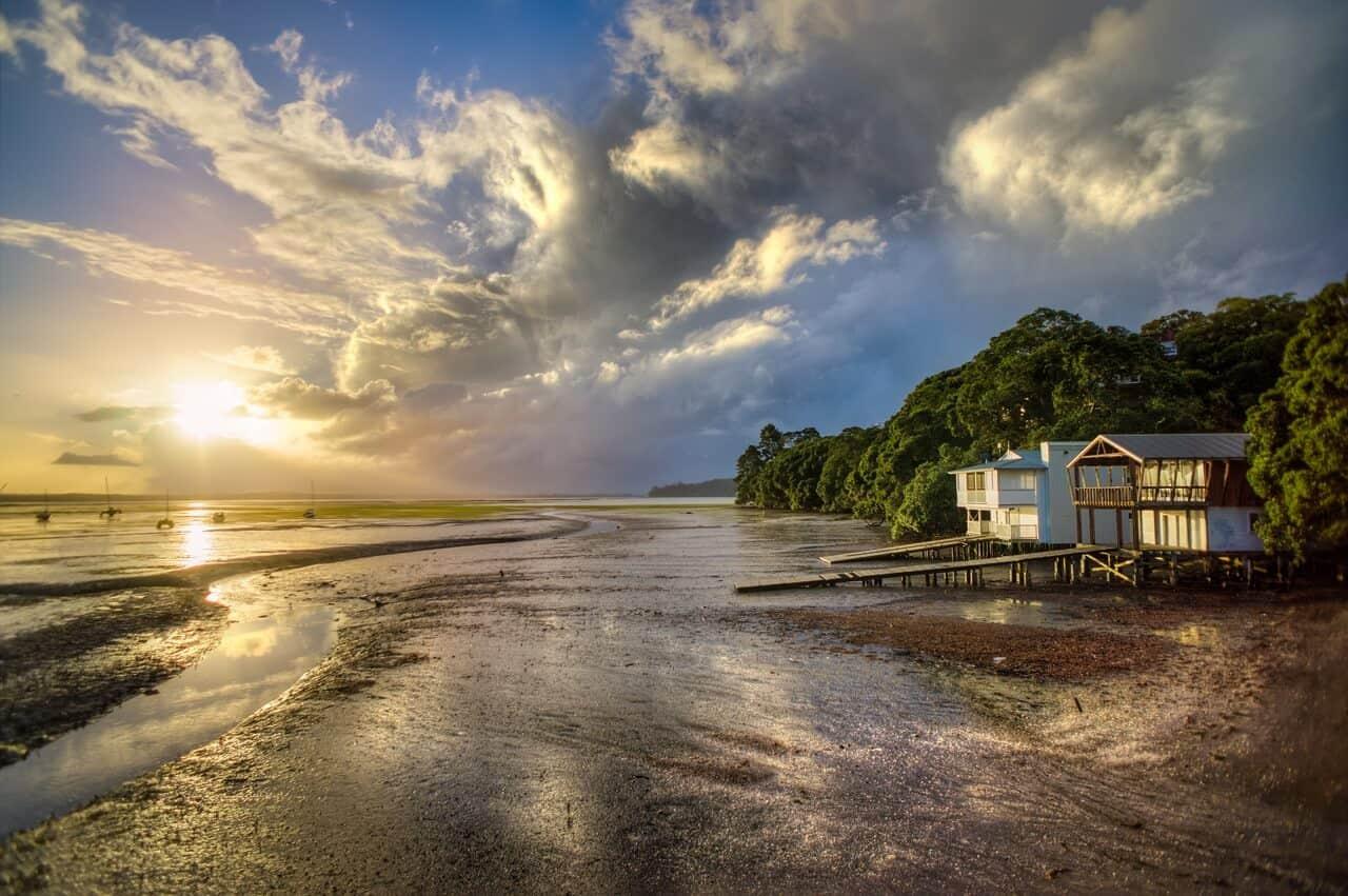 Vendo preciosa casa frente al mar por USD $1 dólar