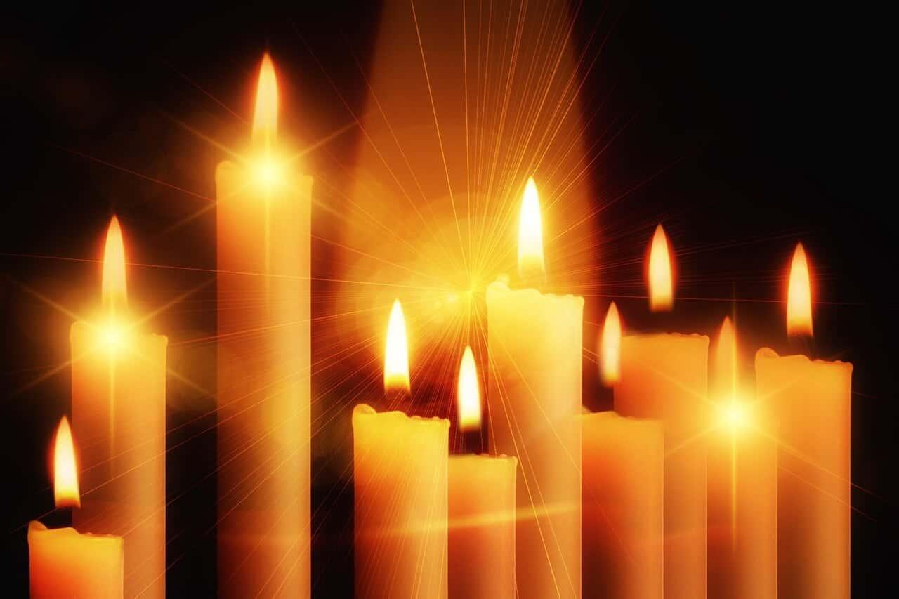 Aprende a interpretar las llamas de las velas para identificar mensajes