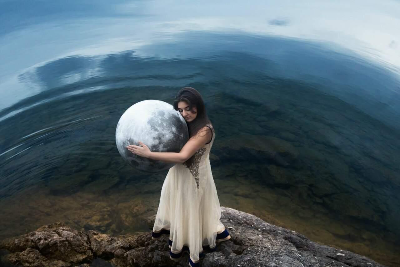 Luna Llena en Cáncer que envuelve a Venus en su vibración